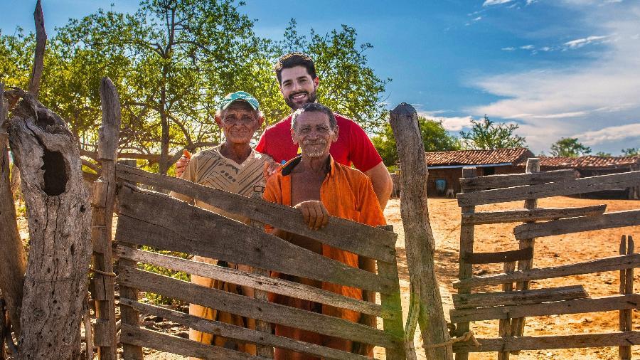 Alok na Vila Esperança, sertão da Bahia, em projeto de construção de moradia e acesso à água - Bismarck Araújo