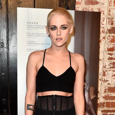 Kristen Stewart inovou mais uma vez no visual - Frazer Harrison/Getty Images