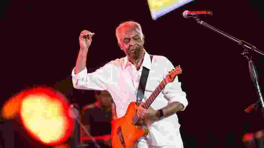 Gilberto Gil se apresenta no Festival de Verão de Salvador em dezembro passado - Marcelo Gandra/Futura Press/Estadão Conteúdo