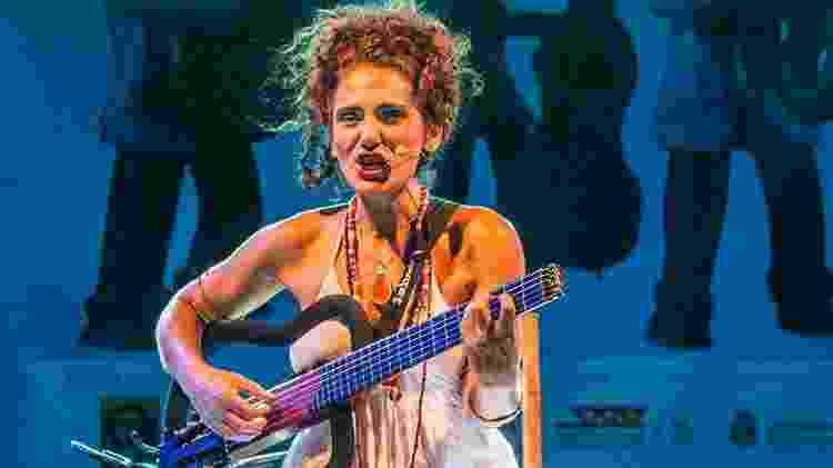 Cantora, violonista e compositora Badi Assad - Divulgação - Divulgação