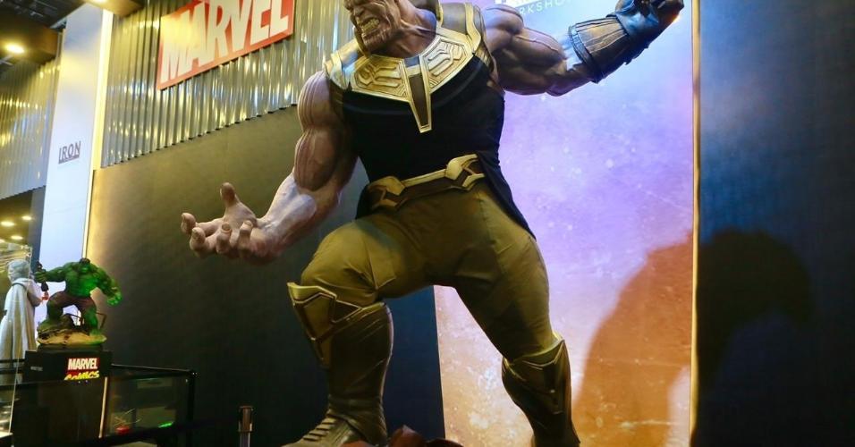 Thanos em tamanho real
