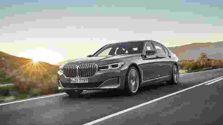 Grade dupla da BMW é tradição, mas... precisava ser tão grande assim? - Divulgação