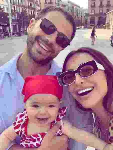 Duda, Sabrina e a filha, Zoe, em Barcelona - Reprodução/Instagram