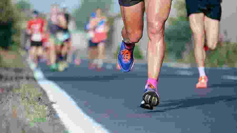 Dor na canela que dura alguns dias ou ocorre em todos os treinos é sinal de canelite - iStock