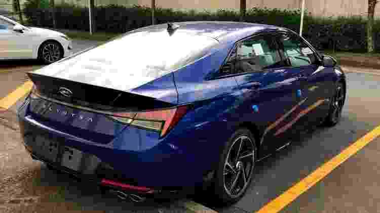 Carros da Hyundai não lançados em estacionamento de SP Elantra N-Line traseira - Leandro Alvares/Arquivo pessoal - Leandro Alvares/Arquivo pessoal