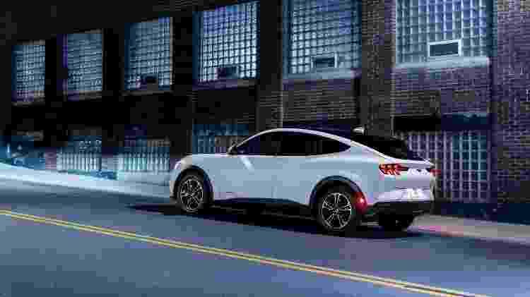 Mustang Mach-E traseira - Divulgação - Divulgação