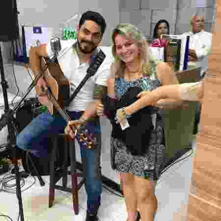 Dienny conheceu Rodolffo em evento e virou fã; ela organiza mutirões a favor do cantor no 'BBB 21' - Reprodução/Instagram - Reprodução/Instagram