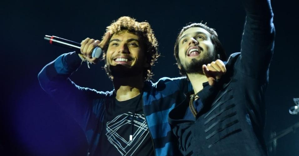 21.ago.2016 - Luan Santana participa da gravação do DVD da dupla Bruninho e Davi na noite de sábado (20) no Ginásio do Ibirapuera, em São Paulo