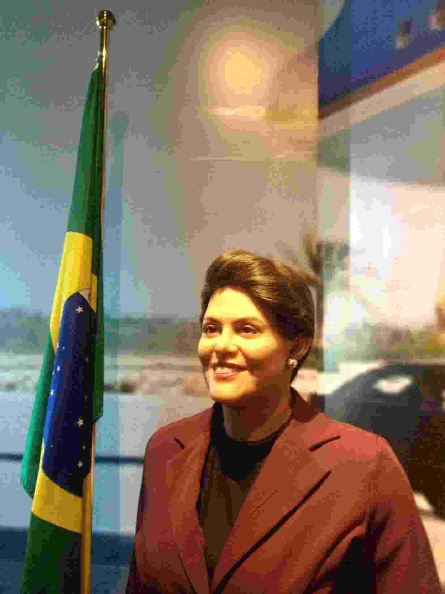 Elodir Corrêa, gerente geral do museu de cera de Gramado, conta que a escultura de Dilma Rousseff chegou a ser removida por 15 dias no ano passado, em meio aos protestos contra o governo que começaram em março - Luna D'Alama/UOL