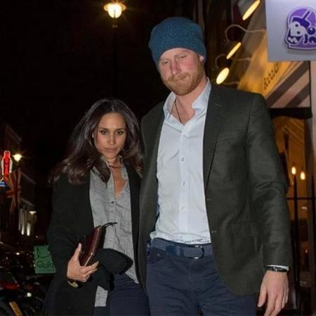 Príncipe Harry e Meghan Markle deixam restaurante juntos em Londres - Reprodução/The Sun