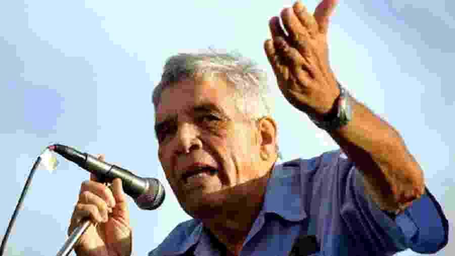 O poeta cubano Guillermo Rodríguez Rivera - Reprodução