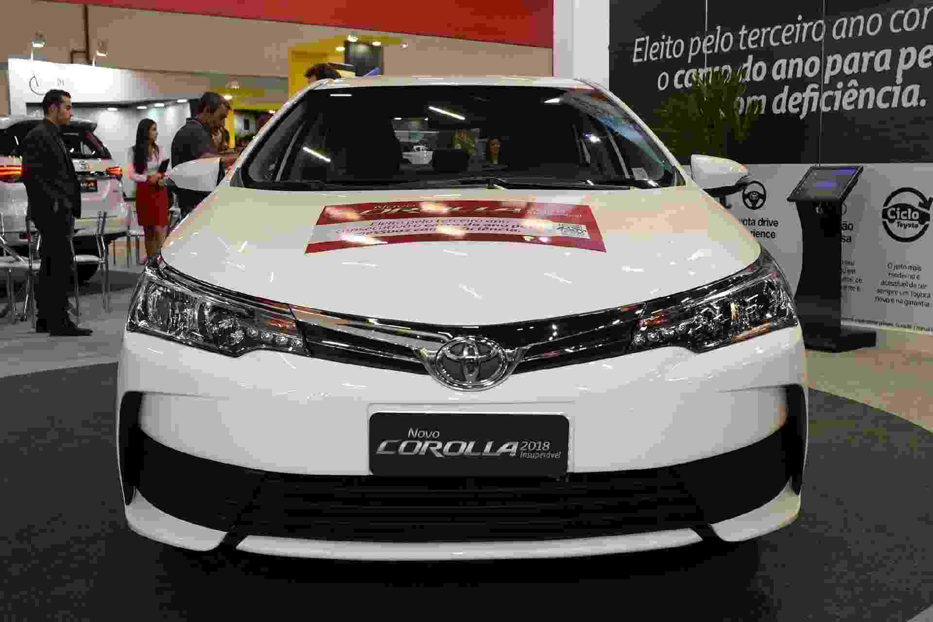 Toyota Corolla GLi tecido - Murilo Góes/UOL