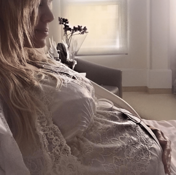 Eliana grávida