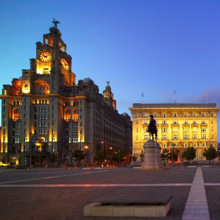 A cidade de Liverpool, uma das mais afetadas pela covid-19 no norte da Inglaterra, pretende iniciar um programa de testes em larga escala - Divulgação/Visit Britain