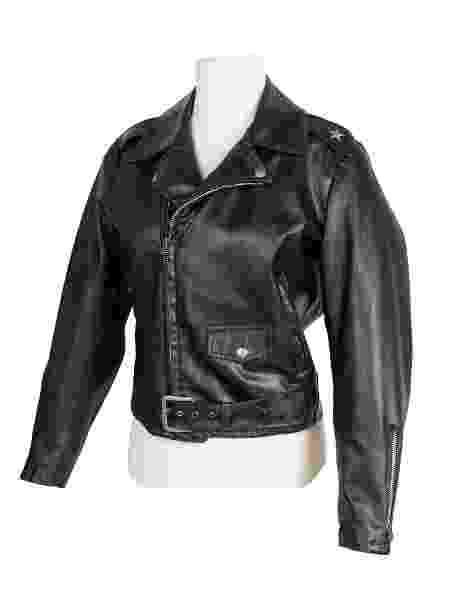 Jaqueta de couro de Olivia Newton-John usada no filme Grease vai à leilão - Reuters