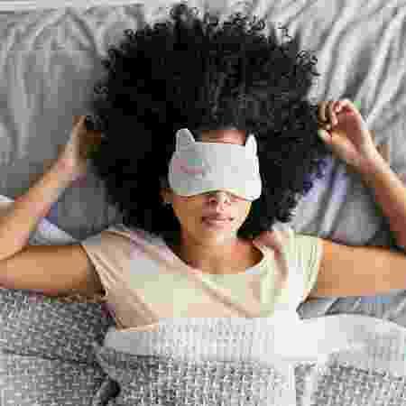 Existem maneiras de acostumar a acordar de manhã - Istock