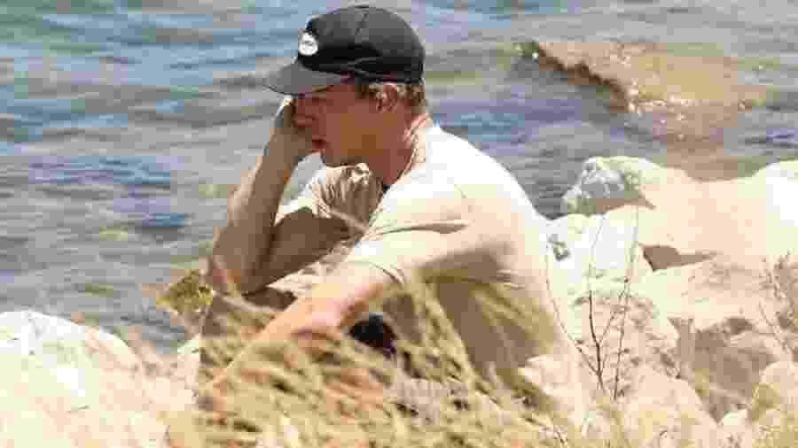 O ator Ryan Dorsey, ex-marido de Naya Rivera, vai ao lago onde a atriz desapareceu - Backgrid