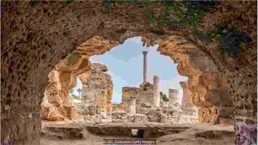 A Termas de Antonino, em Túnis, é um dos maiores espaços romanos destinados a banhos públicos do mundo - DC_COLUMBIA / GETTY IMAGES