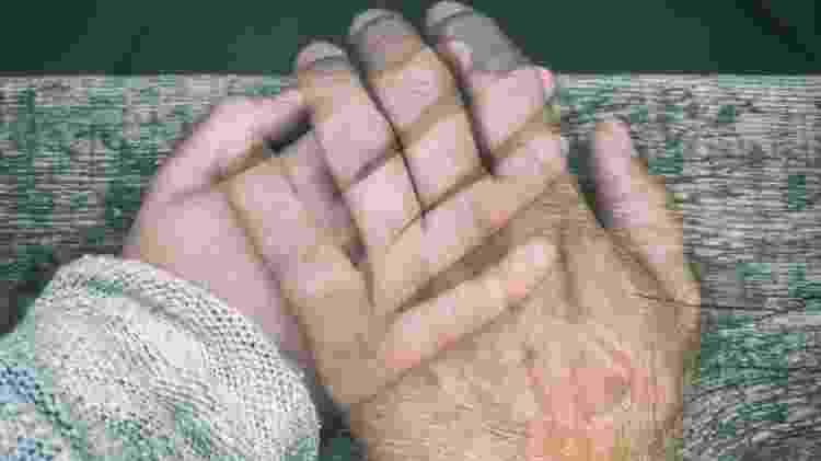 Pandemia está mudando nossa relação no que diz respeito ao contato físico - Getty Images  - Getty Images