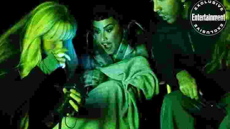 Demi Lovato entrevista pessoas que tiveram contato com OVNIS em série documental - RICHIE KNAPP/PEACOCK - RICHIE KNAPP/PEACOCK