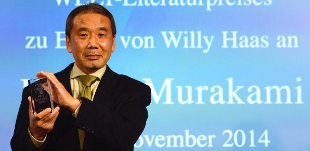 O escritor Haruki Murakami é o favorito para receber o Nobel de Literatura - JOHN MACDOUGALL/AFP