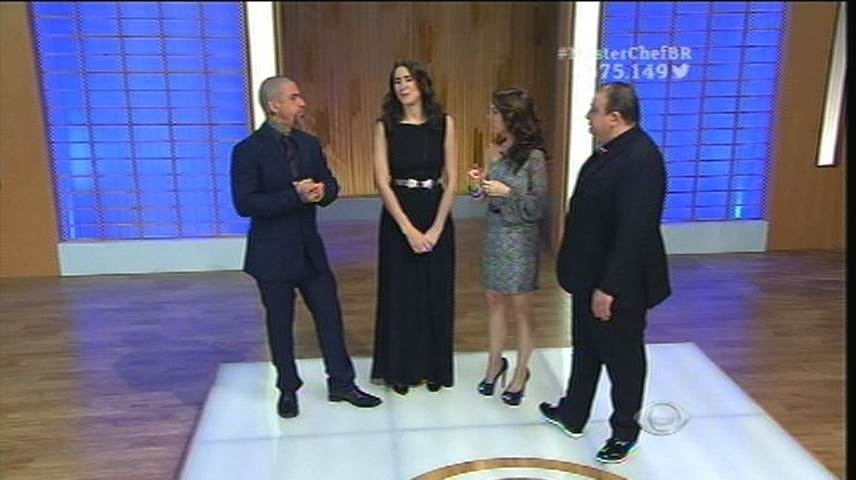 15.set.2015 - Os jurados discutem as escolhas dos participantes com Ana Paula Padrão