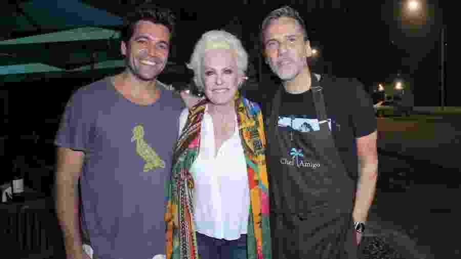 Rui Gregolim, Ana Maria Braga e Marcelo Faustini em evento em São Conrado - AgNews