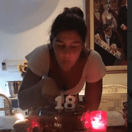 Giulia Costa comemora 18 anos - Reprodução/Instagram/flaviaalereal