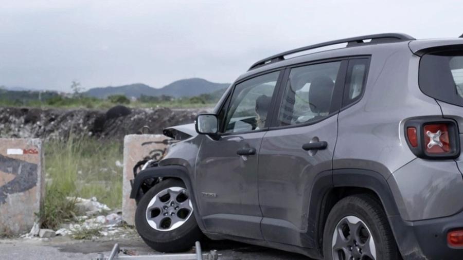"""Adriana desmaia ao sofrer acidente de carro em """"O Outro Lado do Paraíso"""" - Reprodução/Gshow"""