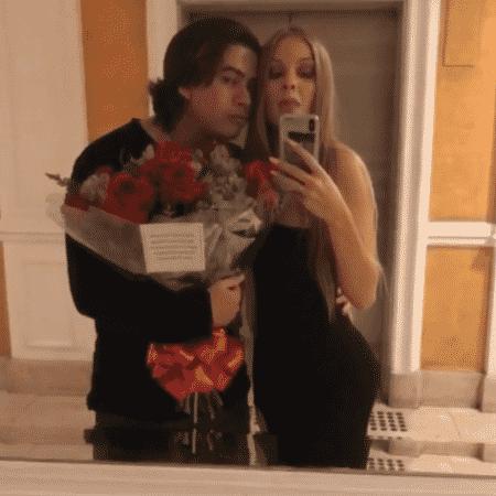 Whindersson Nunes ganha flores de Luísa Sonza - Reprodução/Instagram/luisasonza