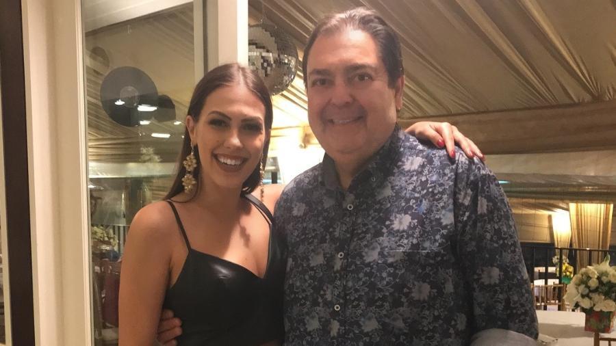 """A bailarina Rachel Drodowsky se despede do """"Domingão"""" com uma foto ao lado de Fausto Silva - Reprodução/Instagram"""