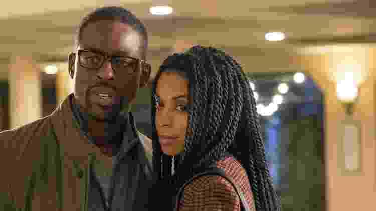 """Randall (Sterling K. Brown) e Beth (Susan Kelechi Watson) em """"This is Us"""" - Divulgação - Divulgação"""