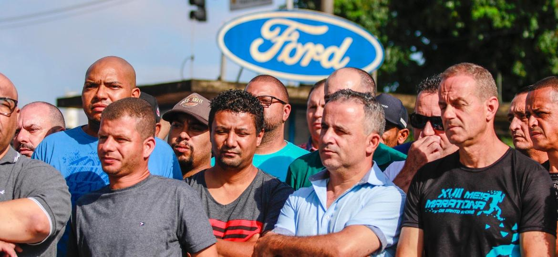 Funcionários da Ford protestam contra fechamento da fábrica de São Bernardo do Campo (SP) - MARCELO GONCALVES/SIGMAPRESS/ESTADÃO CONTEÚDO