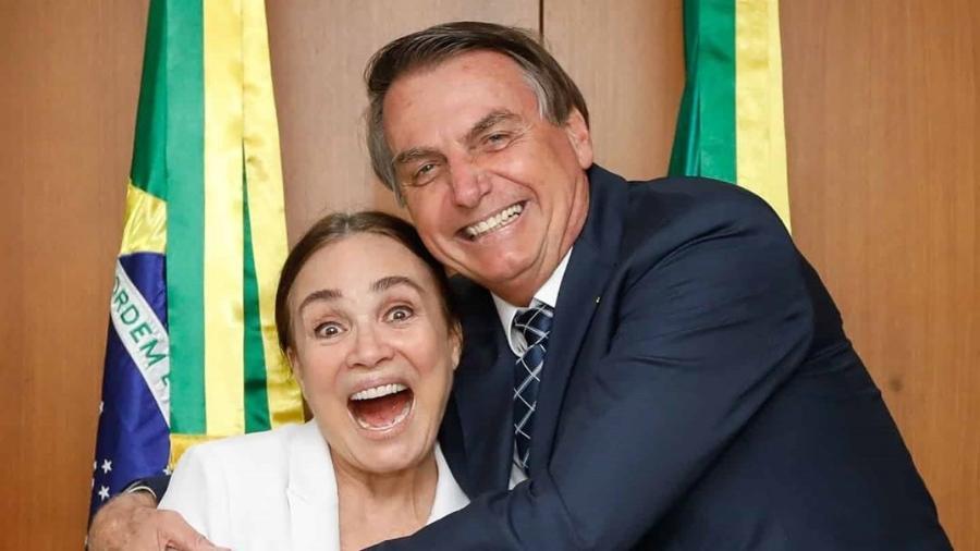 Regina Duarte e Jair Bolsonaro posam para foto após encontro em Brasília - Reprodução/Instagram