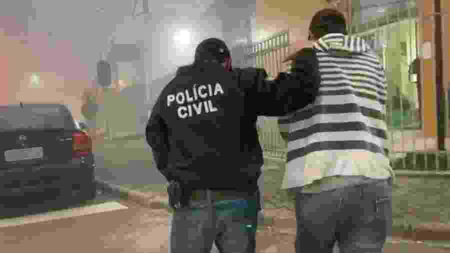 20.jul. 2020 Pai de santo é preso suspeito de estuprar mulheres durante rituais em Curitiba - Divulgação/Polícia Civil Paraná