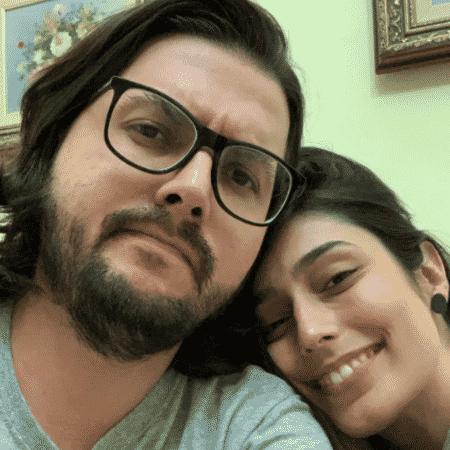 Pe Lanza em foto com a namorada, Anne Duarte - Reprodução/Twitter/@pelanza
