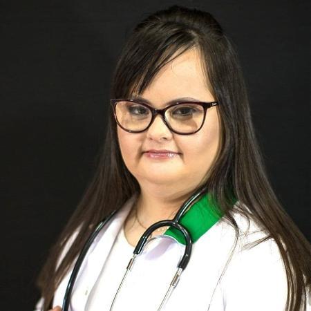 A fisioterapeuta Luana Rolim de Moura é candidata a vereadora em Santo Ângelo-RS - Arquivo pessoal