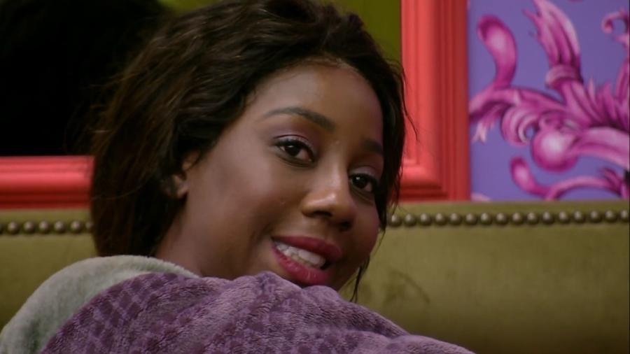 BBB 21: Camilla de Lucas conversa no quarto colorido - Reprodução/ Globoplay