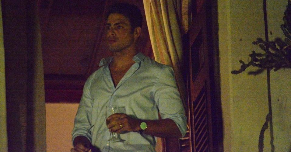 14.mai.2016 - Cauã Reymond grava em Olinda (PE) cenas da próxima novela das onze da Globo,