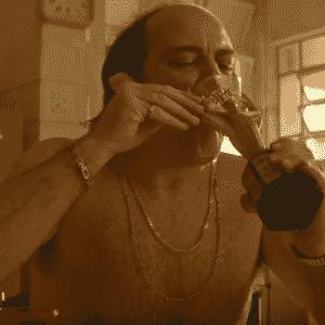 """Cena do filme """"O Roubo da Taça"""" - Divulgação"""