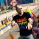 Brasileiro cria Parada Gay para