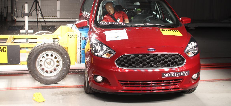 Ford Ka zerou em novo (e recente) crash test do Latin NCAP após ir mal em colisão lateral contra poste - Divulgação
