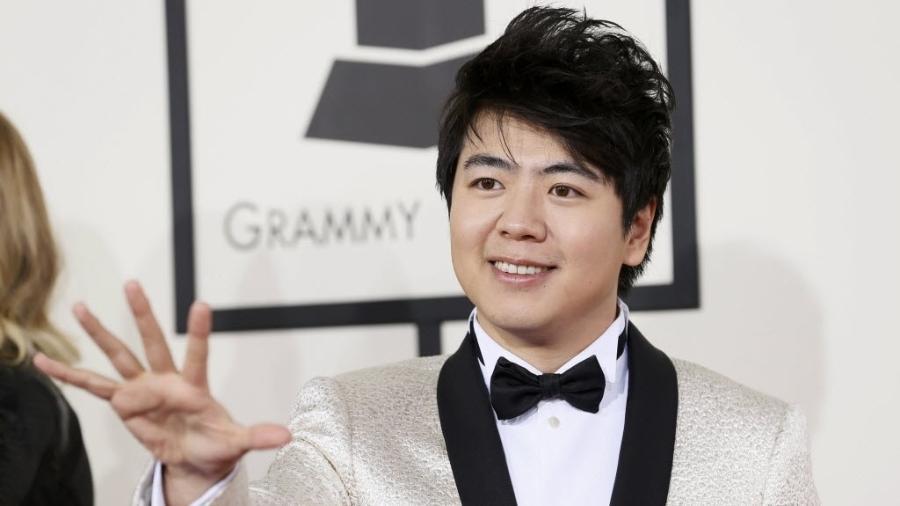 O pianista chinês Lang Lang, fenômeno do piano, que sofre de tendinite  - Danny Moloshok/Reuters