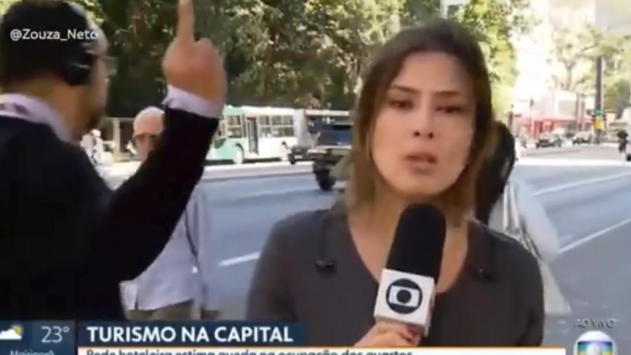 Homem mostra o dedo do meio ao vivo na Globo - Reprodução/Twitter/Globo