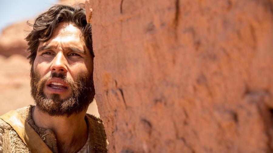 Dudu Azevedo é Jesus na novela novela da Record - Edu Moraes/Record TV