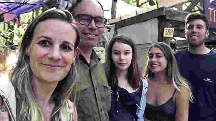 Filhos bilógicos se juntaram para visitar Aaron em Seattle - Arquivo pessoal