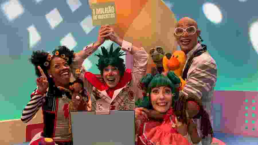 "Elenco do ""Quintal da Cultura"", Mafalda Pequenino, José Eduardo, Helena Ritto e Jonathan Faria - Fernando De Amicis"