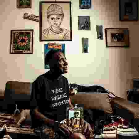 Retrato de Zilda Maria de Paula, que perdeu o filho Fernando assassinado pela polícia - Fernando Moraes/UOL - Fernando Moraes/UOL