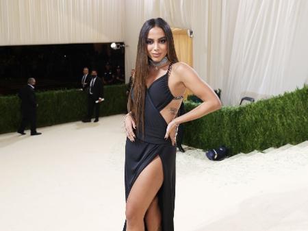 Met Gala: Anitta diz que ficou bêbada pra caralh* na festa de Rihanna