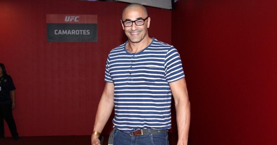 1.ago.2015- Luciano Szafir chega para assistir às lutas do UFC 190 no Rio de Janeiro